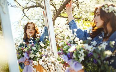 Garden-mirrors